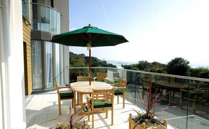 Relax on the patio overlooking the award winning Bournemouth Beach